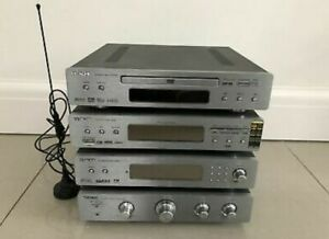 Hitachi Seperates Hifi System *DVD / CD , Amp, 2 Speakers , USB ,DAB / FM Radio.
