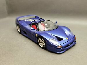 1:18..Burago--Ferrari F50 1995  / 1E 717