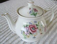 Sadler Poppies and Daisies Four Cup Teapot Trimmed in Gold
