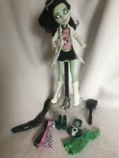 Monster High Doll SCARAH SCREAMS I HEART FASHION COAT BOOTS + EXTRA ACCESSORIES