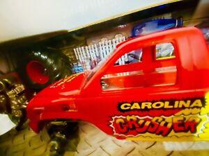 NHRA Carolina Crusher 1:24 Diecast MUSCLE MACHINES Racing 4x4 MONSTER TRUCK