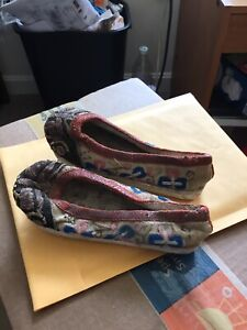 Qing Dynasty Antique Chinese Childs Silk Shoes Embroidery