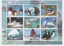 WILD BIRD ANIMAL DUCK PENGUIN SWAN PELICAN 2000 MNH STAMP SHEETLET