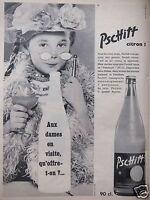 PUBLICITÉ PRESSE 1957 PERRIER AUX DAMES EN VISITE QU'OFFRE T-ON ? PSCHITT CITRON