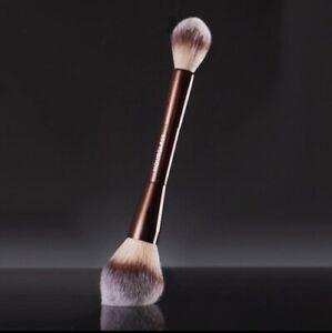 NIB HOURGLASS VEIL Setting POWDER DOUBLE-ENDED Makeup BRUSH