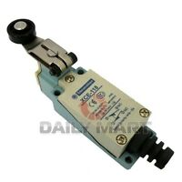 New in Box Schneider Telemecanique Limit Switch XCE-118 XCE118