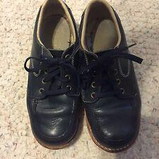 Boy's Shoes RUGGIES Foot Traits LEATHER UPPER SZ: 10-1/2 B Navy Blue -EUC