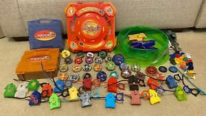 MASSIVE HASBRO BEYBLADE TOY LOT OF 25 BEYBLADES, 3 CASES, 1 ARENA, & MORE!