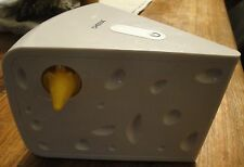 CHEESE Interactive Cat Teaser Toy.Batteries Included! 5% discount?