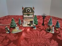 Holiday Expressions Dickens Bakery SHOP Christmas Village Building + Box Cord