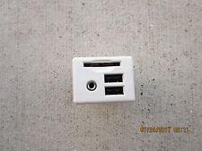 14 - 17 CHEVY IMPALA LS LT LTZ CENTER CONSOLE USB SD CARD READER MP3 OUTLET