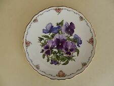 "Royal Albert Bone China Plate Queen Mothers Favourite Flowers Series ""Pansies"""