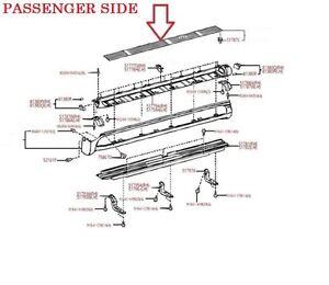 LEXUS OEM FACTORY PASSENGER SIDE RUNNING BOARD STEP PAD 2003-2009 GX470