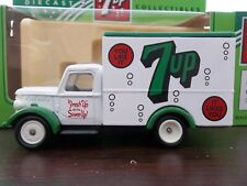 Lledo Days Gone - 7 up - DG59016 −1950 Bedford 30cwt Truck