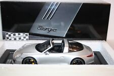 PORSCHE 911 (991) Targa 4S + vitrine 2015 NEUF GT SPIRIT wax02100011 1:18