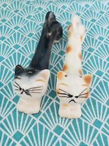 Vintage Stretching Kitty Cat Salt And Pepper Shakers