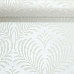 Metallic Ivory Cream Silver Gitter Feather Leaf Trail Rasch Feature Wallpaper
