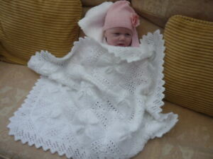 BEAUTIFULL HAND KNITTED WHITE NEW BABY BLANKET