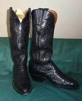 Women's Lucchese Classic full quill Ostrich cowboy boots; size 6 narrow, Black