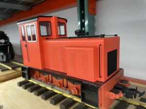 Accucraft 1:19 scale Baguley Drewry 0-6-0 Diesel Red (Last Unit)
