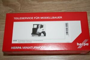 Herpa 084949 - 1/87 Scania CG17 Driver's Cab Contents: 2 Piece - New