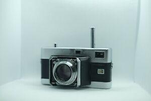 Voigtlander Vitessa w Ultron 50mm f2 (film tested, read)