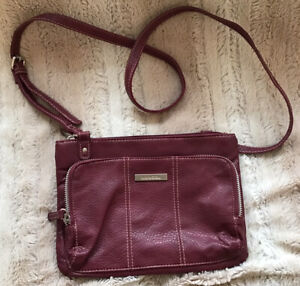 KANGOL WOMENS HANDBAG/SHOULDER/CROSSOVER BODY PVC BURGUNDY EXCELLENT CONDITION