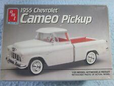 Amt Ertl 1955 Chevrolet Cameo Pickup 1:25 Model Kit