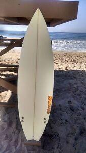 "Warner Surfboards WB002-US019: 5'10"" Short Board Hand Shaped In Australia"