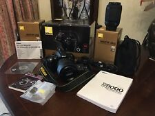Nikon D5000 SLR digital Camera Mint Condition, With Additional Nikon Zoom Lens.