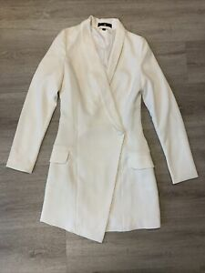 Misguided White Crepe Blazer Dress With Aysemetric Hem. Ladies Size UK 6