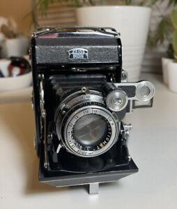 Vintage Zeiss Ikon Super Ikonta 531 120 format camera, Novar Anastigmat F3.5