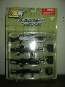 21ST CENTURY TOYS ULTIMATE SOLDIER MODERN RANGER WEAPONS SET. NEW IN PACKAGE