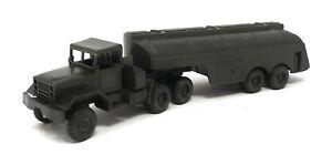 ROCO US Truck M-52 Tanker Truck olive green plastic 1:87 H0 Austria