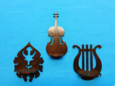 MINIATURE WALNUT SHELVES BASS LEAF & LYRE MUSIC DECOR INSTRUMENT DECORATION