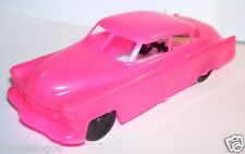 RARE IMPALA MADE IN MEXICO  CADILLAC MODELE SEDAN 1949 ROSE FLUO NEUF