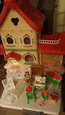 Vintage Large Strawberry Shortcake Berry Happy Home Doll House Excellent 1980's