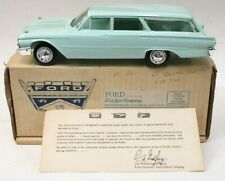 Hubley 1961 FORD COUNTRY SQUIRE STATION WAGON dealer promotional model BOXED p1