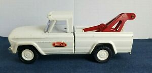 Vintage Tonka White Jeep Tow Truck 1960s Wrecker Pressed Steel Good Condition