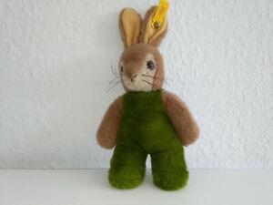 Steiff Kuscheltier Hase Toldi 80-er Jahre ca. 25 cm, Knopf und Fahne, quietscht