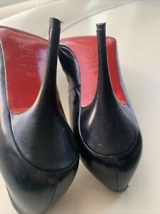Christian Louboutin Heels Size 38.5 Black Made In Italy