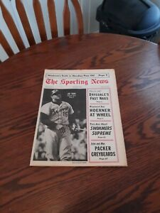 AUGUST 12,1967-THE SPORTING NEWS-JOE TORRE OF THE ATLANTA BRAVES(MINT)