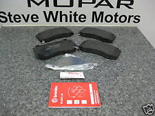 06-10 Jeep Grand Cherokee SRT8 SRT Brake Pads Pad Brembo Front Mopar Genuine Oe