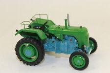 WM 32002 Steyr Traktor 80   1:32 NEU mit OVP