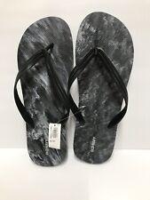 Old Navy Mens NWT Black & White Swirl Size 12-13