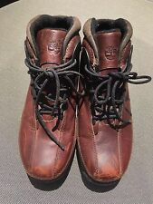 Timberland Ladies Leather Boots, size 8M, in very good condition.