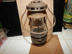 Dietz SCOUT Lantern USA Skaters Hurricane Lamp - Complete with Original Chimney