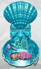 2000 Mattel Magical Mermaids Krissy Doll in Light Up Clam Shell + Accessories