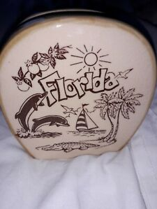 Ceramic Florida Souvernir Napkin/Letter Holder. As Seen.