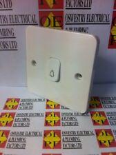 Schneider Electric LISSE 1-GANG 1-Way 10Amp Retractive Interruttore Campana Bianco